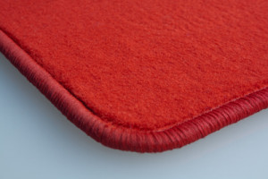 Tapis Vw Golf 5 (fix Ovales Nr 13)(2003-2009) – Velours Rouge