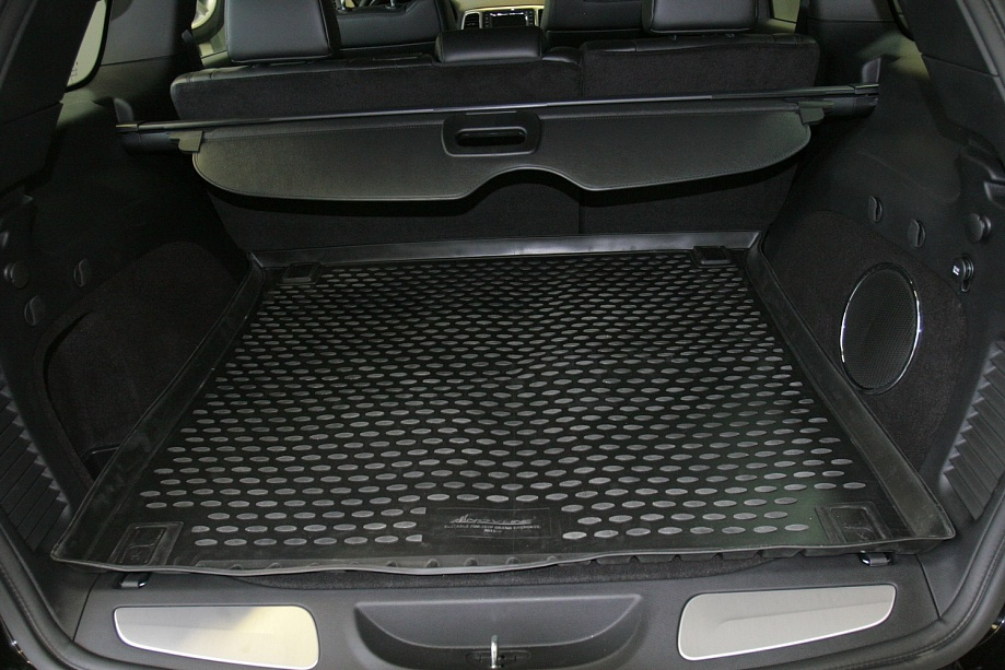 tapis coffre jeep grand cherokee 2011 caoutchouc 3d meovia tapis. Black Bedroom Furniture Sets. Home Design Ideas